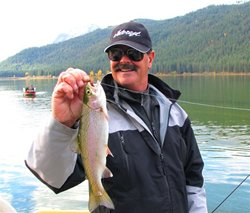 Fishin 39 magician fishing photo gallery current for Fishing lakes near me